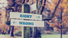 Signpost directing you to right or wrong